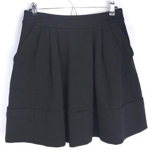 Marc by Marc Jacobs skirt. Exposed zip w/ pockets